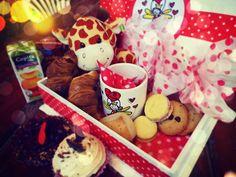 Resultado de imagen para desayuno sorpresa romantico Valentines, Valentine Ideas, Cakes And More, Chocolate Fondue, Catering, Brunch, Birthdays, Breakfast, Desserts