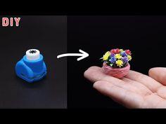 꽃 모양 펀치로 간단하면서 예쁜 꽃 만들기 - YouTube Fairy Crafts, Flower Crafts, Diy And Crafts, Paper Crafts, Diy Doll Miniatures, Minis, Tiny World, Origami, Barbie House