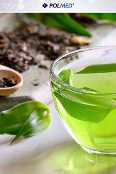 Czy wiecie że…  Napar z pierwszego parzenia zielonej herbaty działa pobudzająco bo zawiera dużo teiny, natomiast z drugiego uspokajająco ponieważ pomaga radzić sobie z napięciami emocjonalnymi i stresem ;)   Jak często pijesz zieloną herbatę?