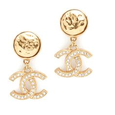 What Goes Around Comes Around Previously Owned Chanel Dangle Earrings ($1,050) ❤ liked on Polyvore featuring jewelry, earrings, 14 karat gold charms, 14k gold plated earrings, dangle earrings, 14k earrings and long dangle earrings