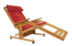 Relax in this Zero Gravity Chair. Unlike others,this chair is made of natural solid oak and has a unique seat/back support consisting of a sting of hardwood slats. Really comfortable and quite organic.