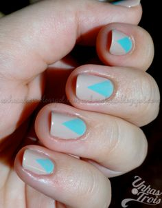 triangle in the base of my nails nail art,