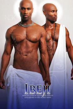 Ibeji   Orixa-Niño, en realidad, dos deidades infantiles individuales, conectados a todas las deidades y seres humanos.    Debido a que son gemelos, se asocian con el principio de la dualidad, porque son niños, están conectados a todo lo que nace y comienza....