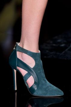 Elie Saab FW 2014/2014. Love these shoes. What a rich color.
