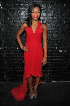 Gabrielle Douglas Photos - The Heart Truth 2013 Fashion Show - Backstage - Zimbio