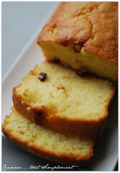 Un cake moelleux comme il faut ... à déguster à l'heure du thé ou du café. Ingrédients ( pour 6-8 personnes ): 200g de farine 120g de sucre en poudre 4 oeufs 1 sachet de levure 100g de beurre 2cuillères à soupe de cranberries déshydratées 1 citron Préchauffer...