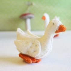 Gluckskafer felt goose - small by Gluckskafer - Cottontails