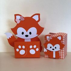 Diy Home Crafts, Crafts For Kids, Fox Party, Diy Y Manualidades, Diy Cardboard, Party In A Box, Valentine Box, Woodland Party, Baby Birthday