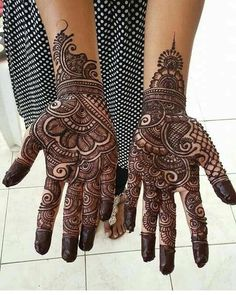 Most Beautiful Black Henna Design For Hands Full Mehndi Designs, Palm Mehndi Design, Henna Art Designs, Mehndi Designs For Girls, Mehndi Design Pictures, Mehndi Images, Tattoo Designs, Rajasthani Mehndi Designs, Dulhan Mehndi Designs