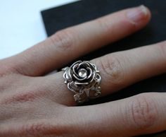 Silver Rose Ring Victorian Ring Adjustable by robinhoodcouture Pear Ring, Crystal Rhinestone, Swarovski Crystals, Armadura Medieval, Silver Jewelry, Silver Rings, Messing, Beautiful Rings, Vintage Rings