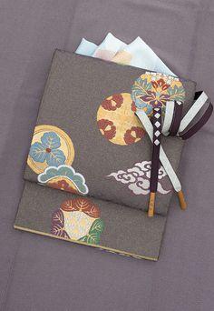 画像01 Japanese Modern, Japanese Design, Obi One, Japanese Costume, Japan Outfit, Summer Kimono, Japanese Textiles, Sash Belts, Kimono Fabric