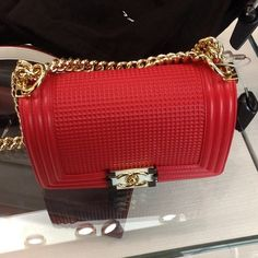 #Chanel #bag #red #fashion #mode #style #girls
