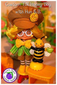 Custom T. Honey Boy Doll from Strawberry Shortcake doll Strawberry Shortcake Characters, Vintage Strawberry Shortcake Dolls, Holly Hobbie, Boy Doll, Custom Dolls, Vintage Books, Doll Toys, My Childhood, Berries