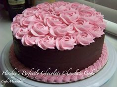 chocolate cake pink rose pile
