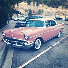 Pink 1957 Chevy Bel-Air ♥ My fav of all favs... The 57 Chevy! La Bella Luna Miramontes <3