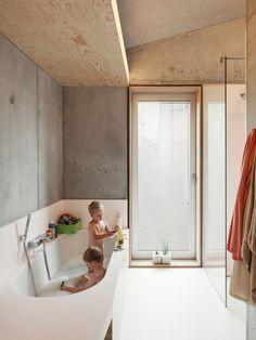 architecten designed amazingly warm and cozy concrete house - Living // Ar.architecten designed amazingly warm and cozy concrete house - Living // Architecture - Bathroom Spa, Bathroom Toilets, Modern Bathroom, Small Bathroom, Bathroom Remodeling, Bathroom Ideas, Neutral Bathroom, Budget Bathroom, Bathroom Colors
