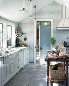 love the subway tile wall