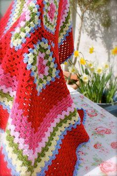 Esme Jane - Crochet Granny Blanket by Laurie Leonard Crochet Square Blanket, Granny Square Crochet Pattern, Crochet Granny, Crochet Blanket Patterns, Crochet Motif, Crochet Blankets, Crochet Afghans, Love Crochet, Beautiful Crochet