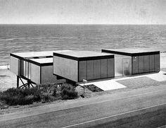 survival architecture - Hunt residence, Malibu CA (USA), 1955 /Jerrold E....
