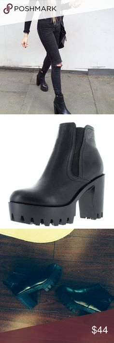 Black Chunky Platform Booties ✨ 8/10 in Condition. Topshop Shoes