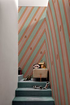 behang coleotteri London Art - Google Zoeken Cristina Celestino, Stunning Wallpapers, High Quality Wallpapers, Off The Wall, Wall Treatments, Interior Inspiration, Showroom, Door Handles, Prints