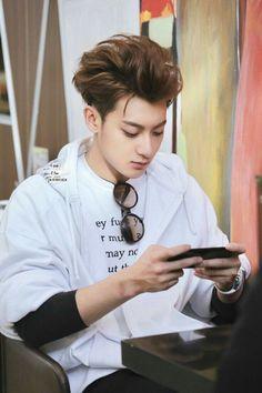 Does he know whats written on his shirt. Chanyeol, Tao Exo, Huang Zi Tao, Kim Jong Dae, Exo Korean, Kim Minseok, Kung Fu Panda, Kris Wu, Exo Members