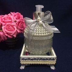 #sabonete #handsoap #bandeja #prata #luxo #lavabo #casa #casamento #casacheirosa