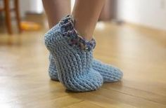 Adult Chunky Slippers Free Pattern