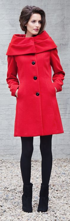 How to Save Money On Clothes & Style - For Women Over 40 50 60 - Articles for Baby Boomers. Read at http://boomerinas.com/2012/12/how-to-save-money-on-clothes-style-16-ideas-for-women-over-40-50-60/