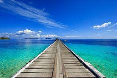 Endless boardwalk at Mana Island Pier, Fiji Beautiful Landscape Photography, Landscape Photos, Beautiful Landscapes, Places To Travel, Places To See, Fiji Holiday, Just Dream, Island Resort, Vanuatu