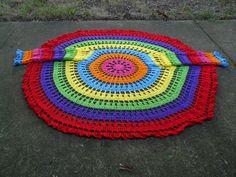 psychedelic circle jacket  http://www.garnstudio.com/lang/en/pattern.php?id=3315=en