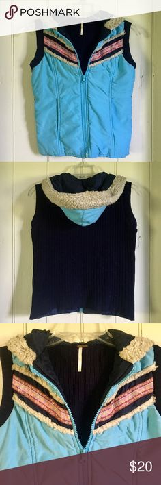 Adorable Free People vest!  💙 Adorable Free People vest!  💙 Excellent used condition! Free People Jackets & Coats Vests