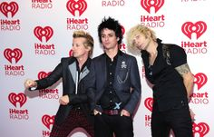 Omg they are too hot ;D im dead, billie joe his lips are gorgeous<3