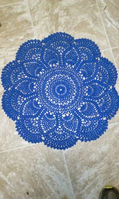 Nancy's Crochet: New Doilies! http://crochetnuts-place.blogspot.be/2013/09/new-doilies.html?utm_source=feedburner&utm_medium=email&utm_campaign=Feed:+NancysCrochet+%28Nancy%27s+Crochet%29