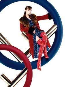 Ad Campaign: Fendi Fall/Winter 2017-2018 Model: Gigi Hadid, Kendall Jenner Photographer: Karl Lagerfeld Fashion Editor: Amanda Harlech, Charlotte Stockdale Hair: Sam McKnight Make Up: Peter...