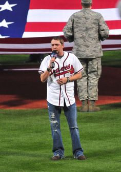 Jason Aldean sings the national anthem at Turner Field. Are you kidding me? It's glorious.