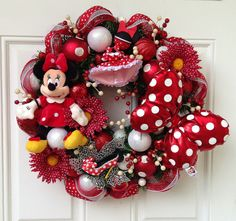 Minnie Mouse Wreath  Tokyo Disney Items by SparkleForYourCastle, $152.00