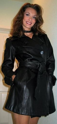 Leather Dresses, Leather Skirt, Leather Jacket, Trent Coat, Long Leather Coat, Leder Outfits, Leather Fashion, Bob Hairstyles, Fall Outfits