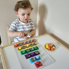 Preschool Learning Activities, Indoor Activities For Kids, Baby Learning, Infant Activities, Montessori Toddler, Toddler Play, Toddler Crafts, Baby Sensory Play, Baby Play