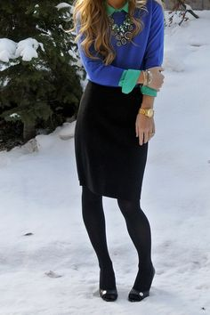 Perfect outfit for cooler weather. I see mint under that bright cobalt sweater:) Divine.