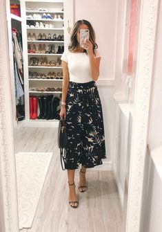 Outfits roundup (summer outfit ideas) ~ Lilly Style - Combine Look Modest Bridesmaid Dresses, Modest Dresses, Modest Outfits, Skirt Outfits, Modest Fashion, Casual Dresses, Casual Outfits, Fashion Outfits, Work Fashion