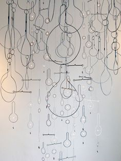 Wire Sculptures by Rodger Stevens 7