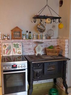 In my country-style kitchen Green Gables, Kitchen Styling, Country Style, Liquor Cabinet, House, Furniture, Home Decor, Wood Furnace, Rustic Style