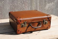 Vintage French Retro Suitcase For Sale at www.theoriginalfrenchfurniturecompany.com
