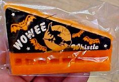 Wowee whistle wax candy -- ye gods, I loved these things! I knew it was officially autumn when I heard my first wowee arpeggio. Retro Candy, Vintage Candy, Vintage Toys, Vintage Stuff, Vintage Signs, Halloween Candy, Vintage Halloween, Vintage Holiday, Halloween Decorations