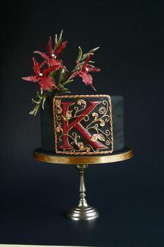 Black cake with an initial - Cake by Katarzynka
