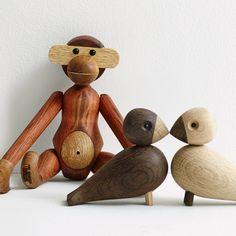 Kaj Bojesen - Kay Bojesen er verdensberømt for at skabe trædyr med sjæl, humor og glimt i øjet og med mere end 2000 stykker kunsthåndværk på samvittigheden hører han til blandt 1900-tallets mest produktive danske kunsthåndværkere