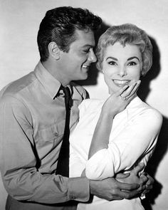 Tony Curtis and Janet Leigh.