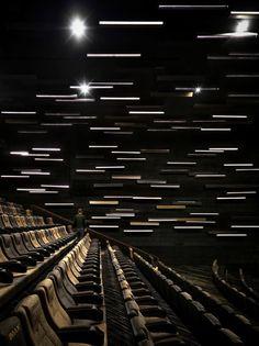 Guangzhou Jinyi Cinemas (Guangzhou Haizhucheng Imax) Auditorium Meteor Inspired Interior Ceiling Art Award-winning Hospitality & Workplace interiors D&AD Guangzhou, Auditorium Design, Hall Design, Stage Design, Multiplex Cinema, Cinema Architecture, Ceiling Art, Cinema Room, Home Theater Design