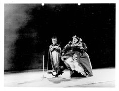 Vintage Disney Alice in Wonderland: Live Action Reference Photo A-SPEC-85 - The Queen of Hearts (and the King)
